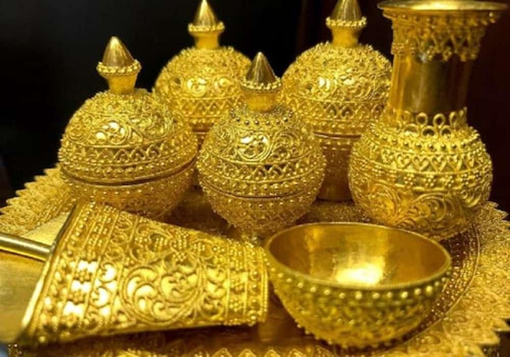 gold price :सोने के भाव में आ रही गिरावट,जल्द करें खरीदारी