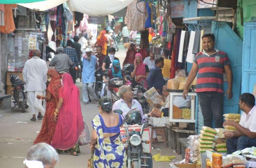 त्योहारी सीजन में बाजार में आएगा बूम, तैयारियों में जुटे व्यापारी