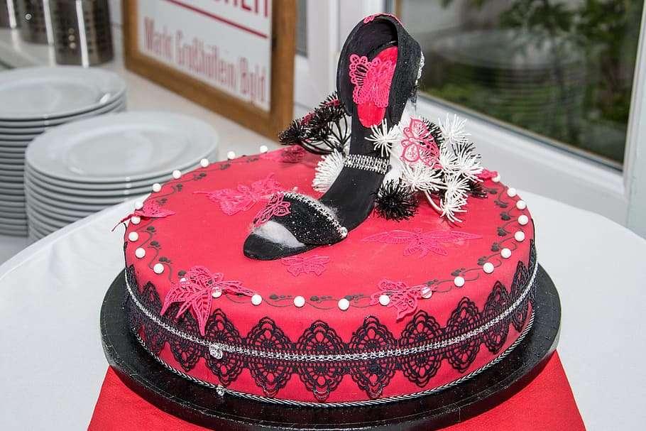 sandal_cake.jpg