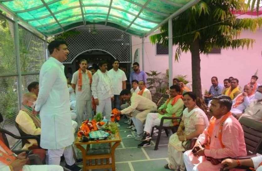 बोले भाजपा विधायक संगीत सोम, 'सपा है गुंडों की पार्टी, सत्ता में आते ही कायम होता है गुंडाराज'