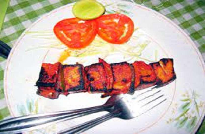 Paneer tikka recipe: घर पर बनाएं होटल जैसे पनीर टिक्का