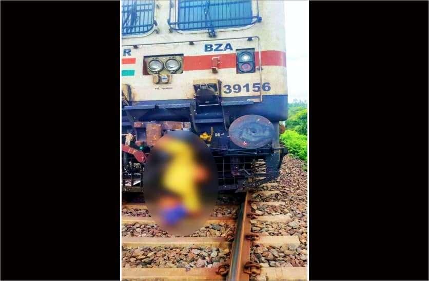 train_khandwa_2.jpg