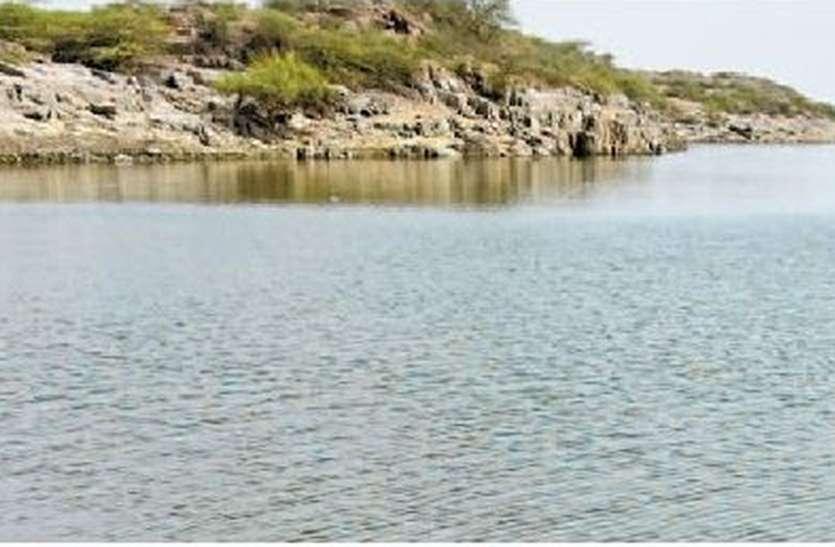 कायलाना झील की व्यथा... पिछले 15 साल से 'कोहनी के लगाया गुड़'