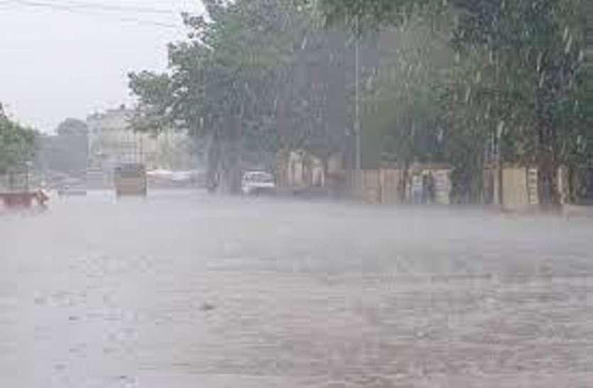 72 तहसीलों को सरकार की सूखाग्रस्त घोषित करने की थी तैयारी, लेकिन कुछ दिन से जारी बारिश से मुश्किलें बढ़ी