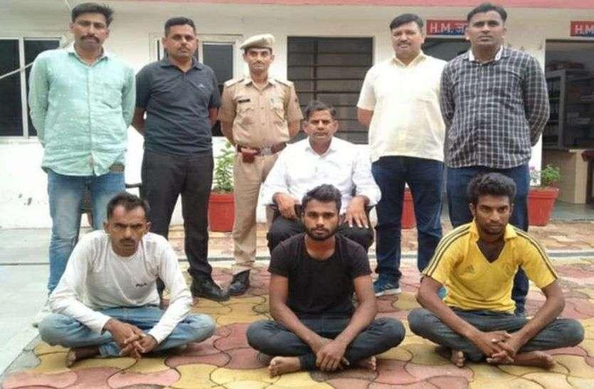 शातिर मोटरसाइकिल चोर गिरफ्तार, चोरी की पांच मोटरसाइकिल बरामद