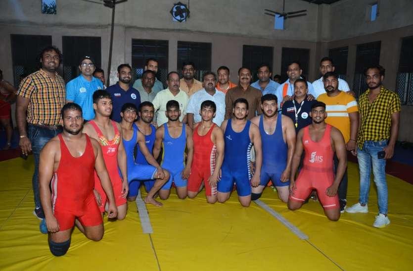 मप्र की कुश्ती टीम में भोपाल के दस खिलाड़ी चयनित