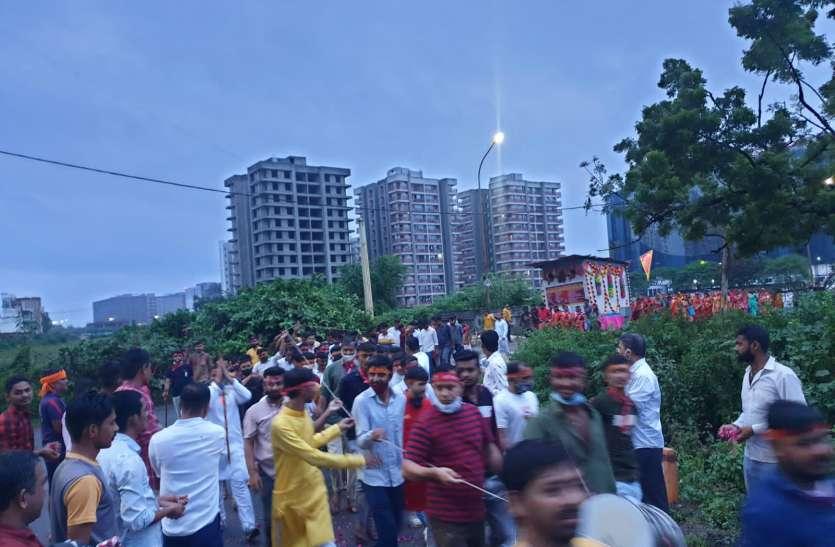 SURAT NEWS DAYRI: सैकड़ों यात्री पैदल पहुंचे माजीसा धाम