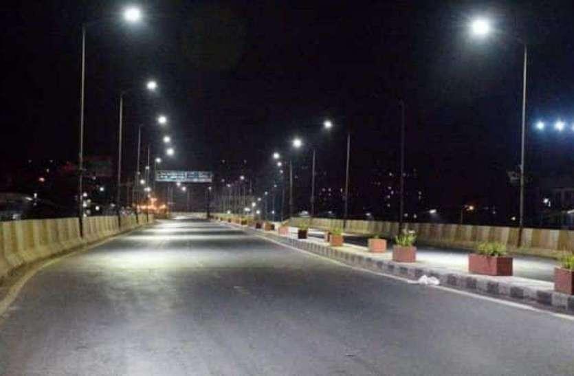 Coronavirus In Gujarat: सूरत, राजकोट समेत गुजरात के 8 शहरों में Night Curfew का ऐलान, जानिए कब तक रहेगा लागू