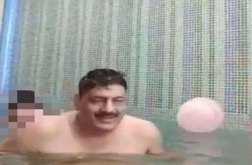 स्वीमिंग पूल वीडियो कांड में बड़ा खुलासा, महिला कांस्टेबल को उसके रिश्तेदार ने भी बनाया था शिकार!