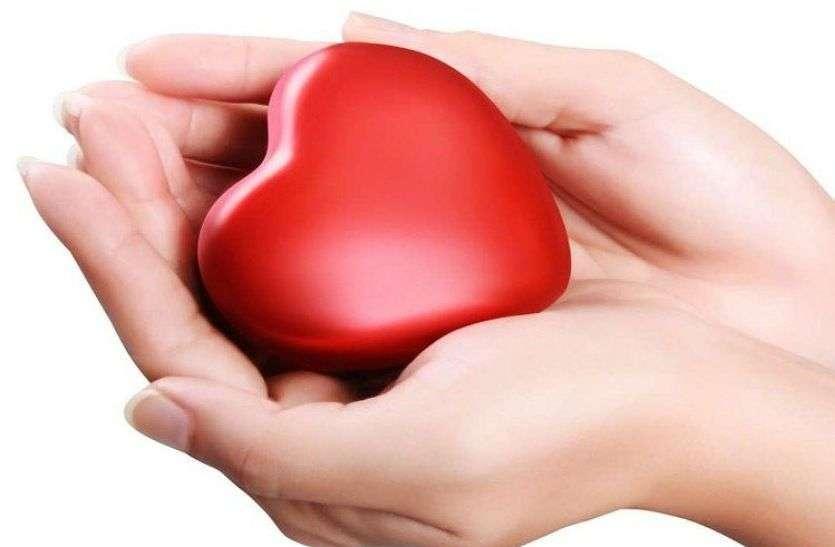 Heart Healthy Foods: हार्ट को रखना है हेल्दी तो डाइट में शामिल कर सकते हैं इन सुपरफूड्स को