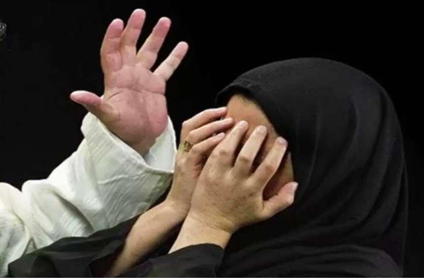 तीन तलाक केस की याचिकाकर्ता अधिवक्ता पर मुस्लिम संगठनों का हमला