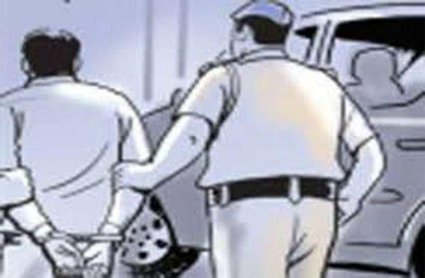 चौदह साल से फरार गौवंश तस्करी के स्थाई वारंटियों को पुलिस ने किया गिरफ्तार