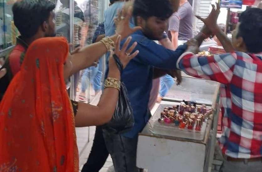 तिगरी बाजार की दुकान में तोड़फोड़, दुकानदार से मारपीट
