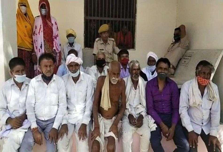 हत्या के आरोप में 14 जनों को उम्र कैद की सजा सुनाई
