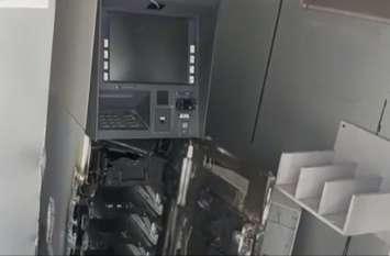 हरियाणा सीमा से सटे पिलोद में एटीएम तोड़कर ले गए साढ़े 13 लाख, कैमरा भी तोड़ गए आरोपी