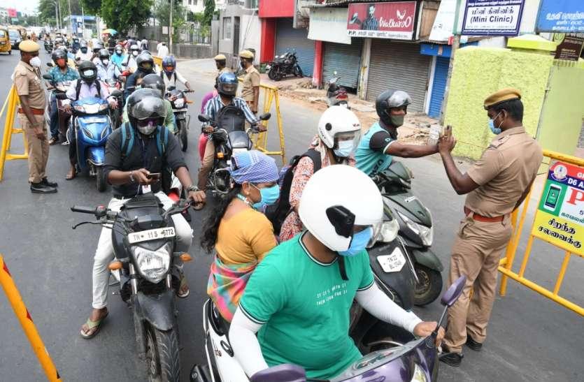 चेन्नई में पुलिस सख्ती के बाद 86 प्रतिशत वाहन चालक हेलमेट पहन रहे