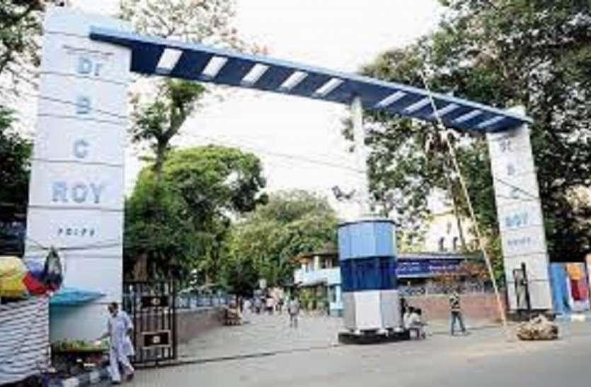 कोलकाता के डॉ. बीसी राय अस्पताल में नन्हे-मुन्ने को लेकर भागे चले आ रहे परिजन