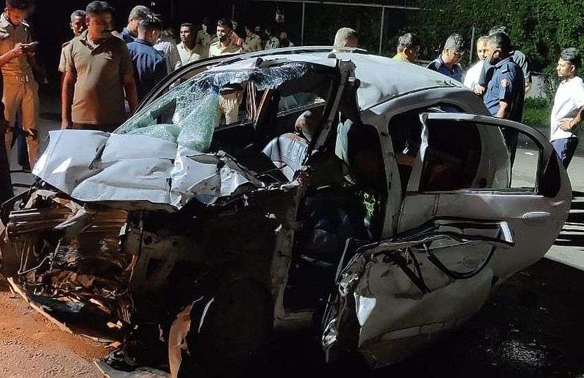 सूरत के हजीरा रोड पर हादसा... तेज रफ्तार कार ट्रक के पीछे जा घुसी, बच्चे समेत तीन की मौत
