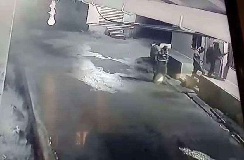 जलोदिया केलुखेड़ा में चोरों का आतंक
