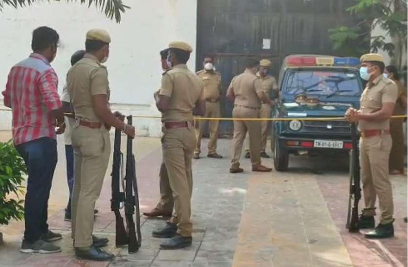 डीवीएसी ने तमिलनाडु के पूर्व मंत्री वीरामणि की 28 स्थानों पर संपत्तियों की तलाशी ली