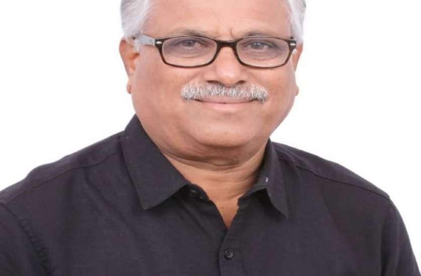 दो माह में करवाएं कर्नाटक साहित्य परिषद के चुनाव