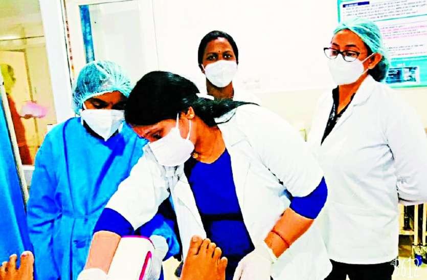 District Hospital: अब बच्चेदानी के मुख के प्री-कैंसर का हो सकेगा इलाज