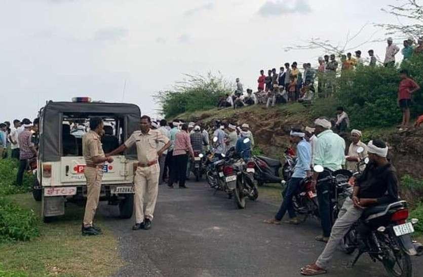 आरएसी जवान की पीट-पीट कर हत्या,गांव में तनावपूर्ण माहौल