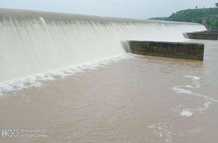 Heavy rain in Jhalawar...झालावाड़ में भारी बारिश, चम्बल उफनेगी, कोटा से धौलपुर तक अलर्ट