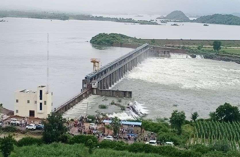Mansoon's U turn  :  लौट रहे मानसून का यू-टर्न , राजस्थान में कई नदियां उफान पर व बांध छलके