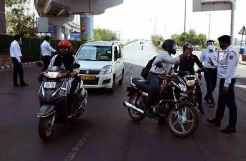 Delhi Traffic Rules: वाहन चालकों को एक गलती पड़ेगी भारी, ड्राइविंग लाइसेंस रद्द होने के साथ कटेगा 10 हजार का चालान