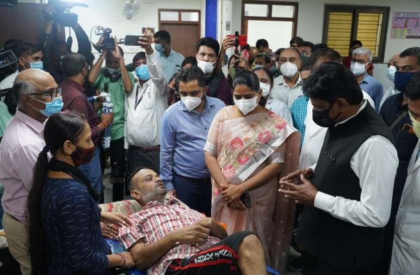 Gujarat : गुजरात में सभी को दिसम्बर तक दोनों टीके लगाने की योजना