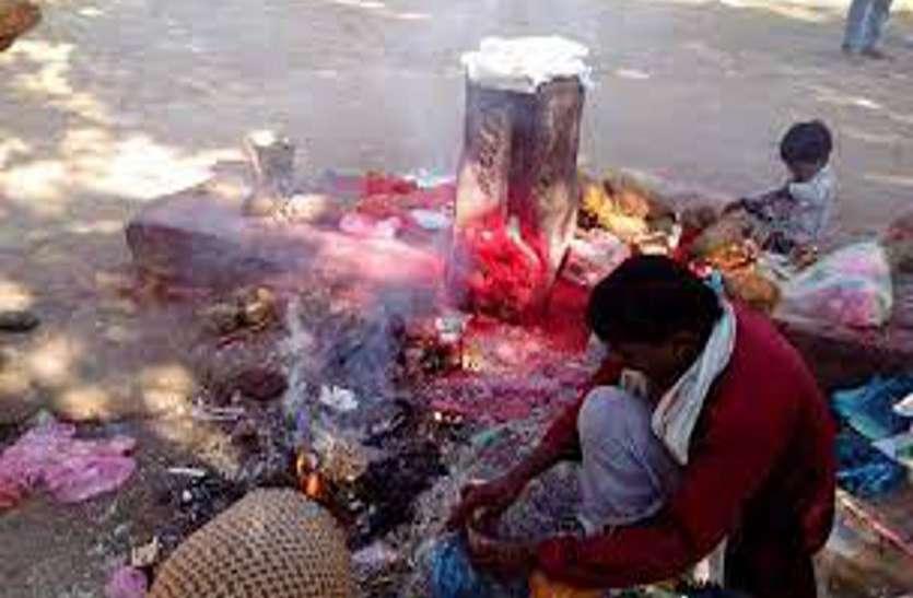 छत्तीसगढ़ में एक जगह ऐसा भी जहां दानव की होती है पूजा, घर नहीं ले जा सकते यहां चढ़ाया प्रसाद