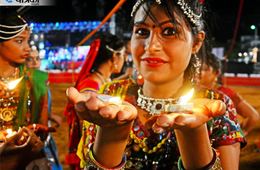 7अक्टूबर से शुरू हो रहे हैं नवरात्र, गरबा में दिखेगा उत्साह