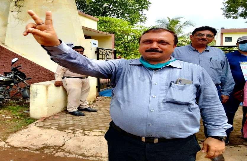 BSP ऑफिसर्स एसोसिएशन चुनाव, तीसरी बार बंछोर बने अध्यक्ष सीधे मुकाबले में डॉ. ठाकुर को हराया