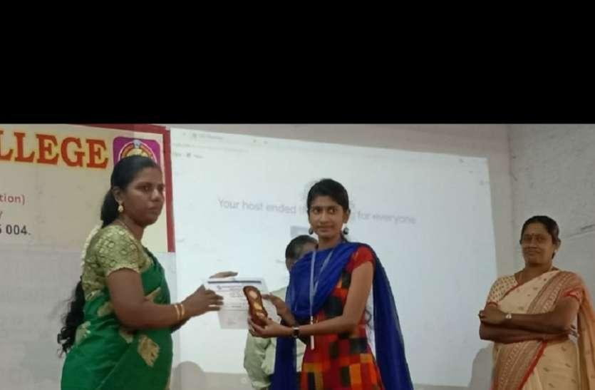हिंदी सीखने की ललक हुई हैं तेज, सौराष्ट्रा कॉलेज मदुरै में हिन्दी दिवस समारोह