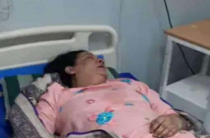 जिंदा हो गई मृत महिला, घर लाते ही चलने लगी सांसें
