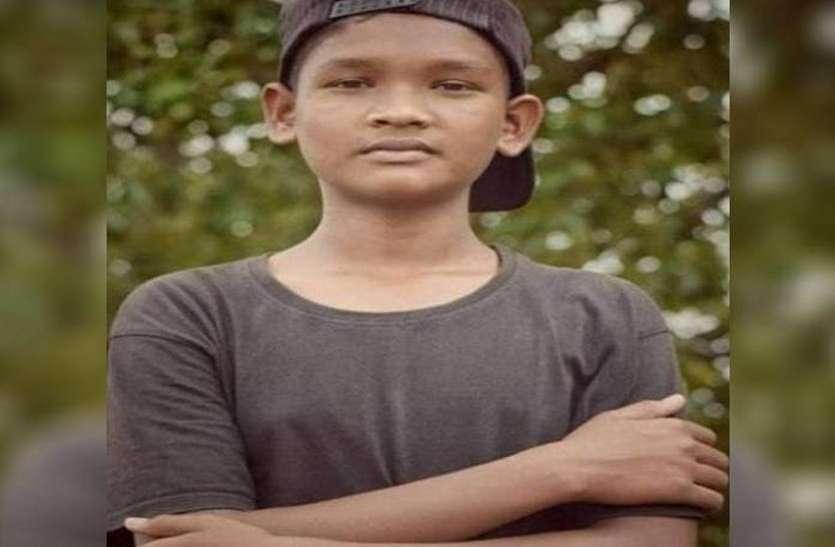 छात्र रितिक हत्याकांड: अपचारी बालक समेत 2 संदेही हिरासत में, परिजन ने पुलिस पर लगाए ये आरोप