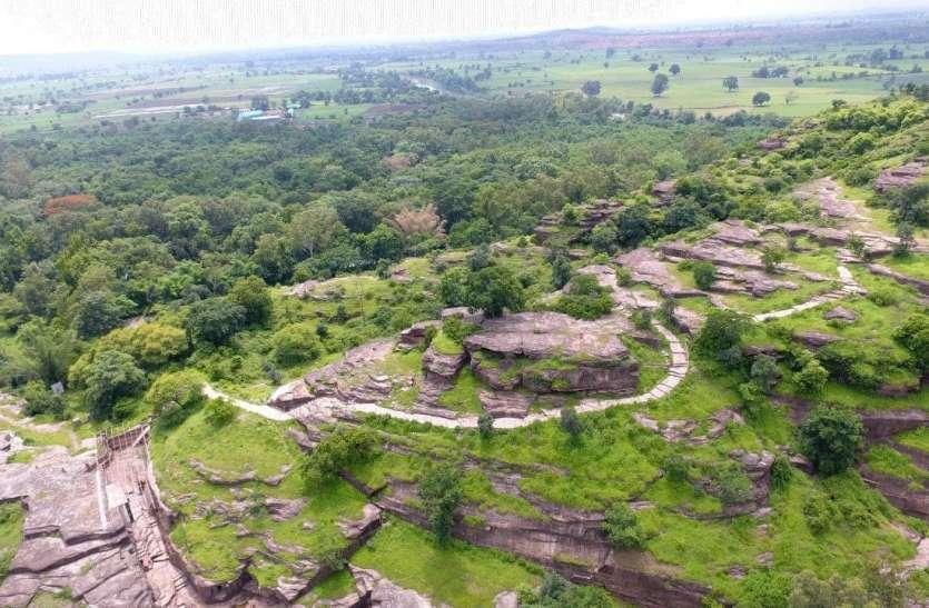 उदयगिरी की पहाड़ी यानी प्रकृति का सौंदर्य और गुफाओं में चौथी शताब्दी का शिल्प