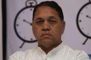 एंटीलिया केस: महाराष्ट्र के गृह मंत्री बोले, परमबीर के खिलाफ लुकआउट नोटिस जारी किया