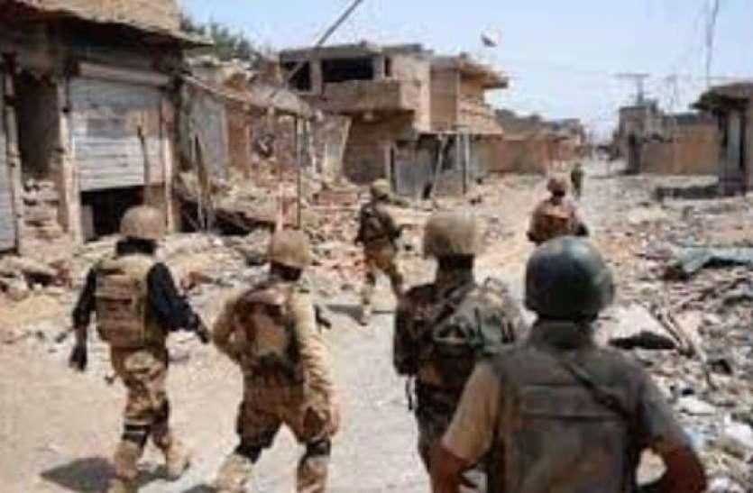पाकिस्तान में आतंकी हमला, 5 सुरक्षाकर्मियों की मौत
