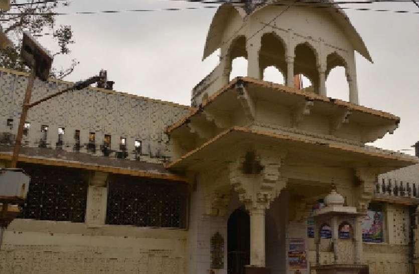 आज भी मन्दिर का एक-एक खम्भा स्थापत्य कला का बेजोड़ प्रतीक