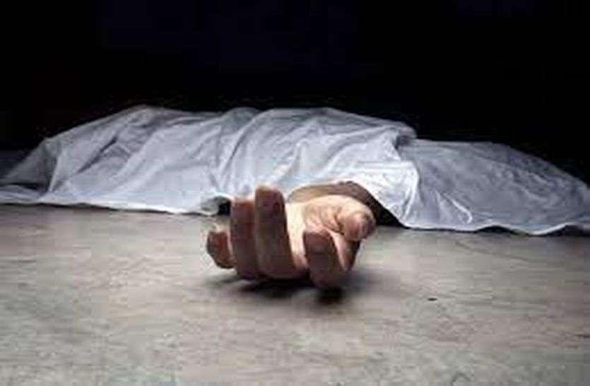 रहस्यमयी मौत: 10 वर्षीय मासूम के घर में घुसते ही लगा फंदा, पोस्टमार्टम से खुलेगा राज