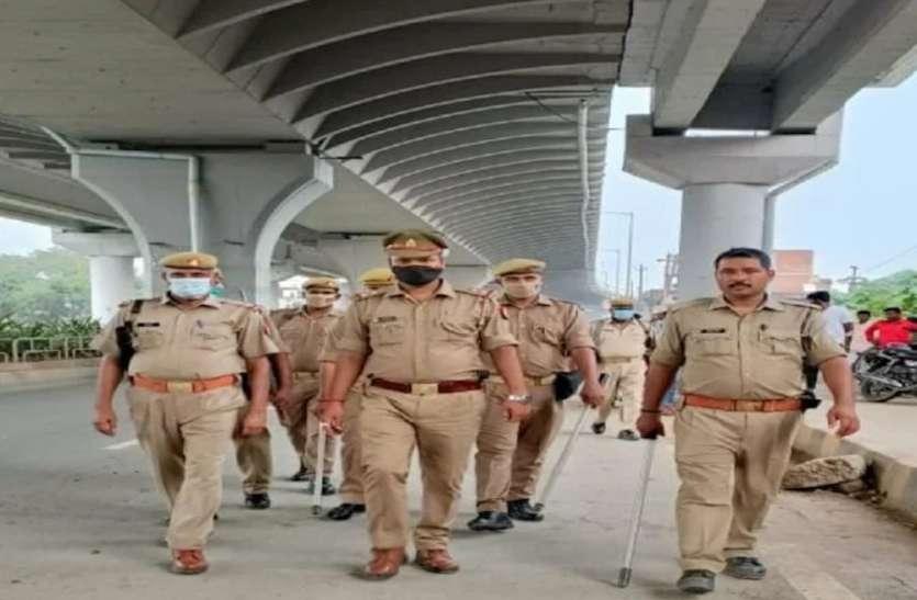 खीरी जिले की घटना के बाद वाराणसी में अलर्ट जारी, रेलवे स्टेशन, बस स्टेशन पर पुलिस तैनात