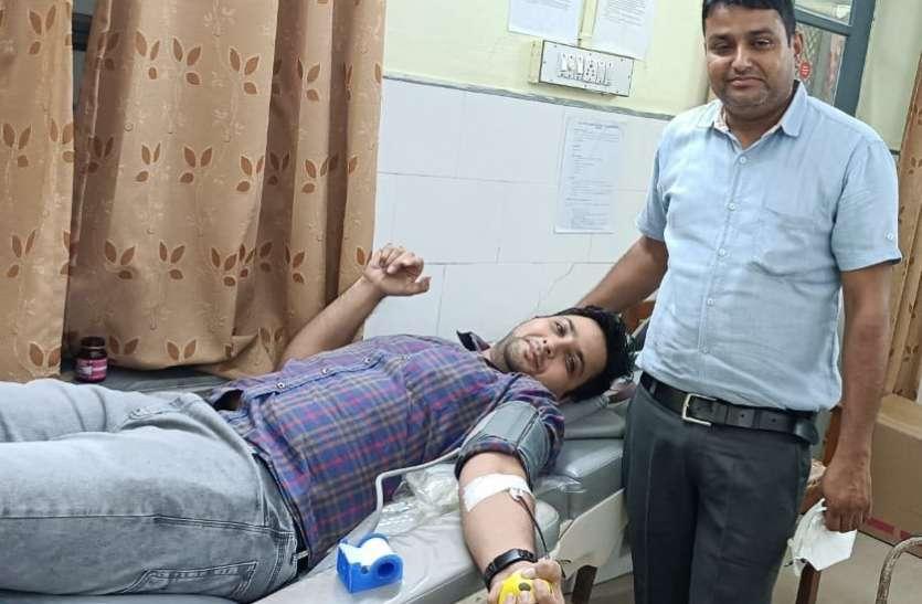 डेंगू के 216 मरीज, प्लेटलेट्स की बढ़ी मांग