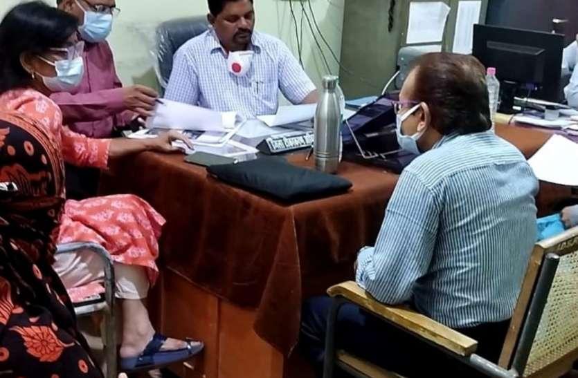 Durg जांच अधिकारी ने पति से पूछे यह सवाल, निजी अस्पतालों के जिम्मेदारों को भी किया तलब