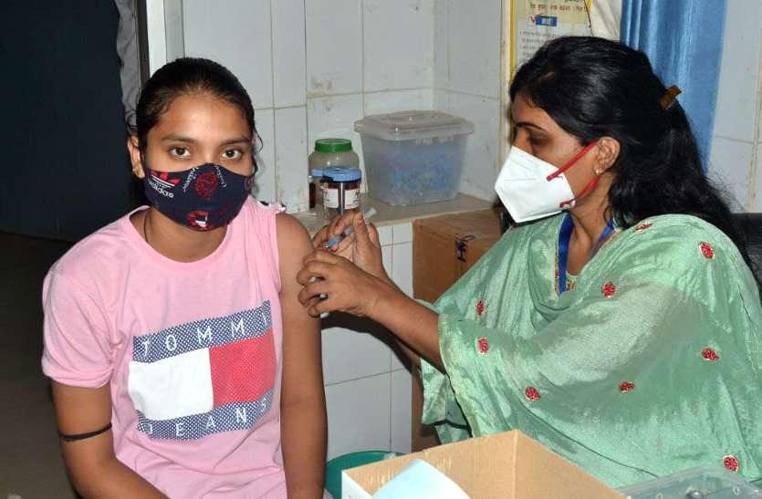 नवरात्र में राजस्थान बनाएगा वैक्सीनेशन का नया रेकॉर्ड, चलेगा विशेष अभियान, नहीं लगा टीका तो अब न चूके
