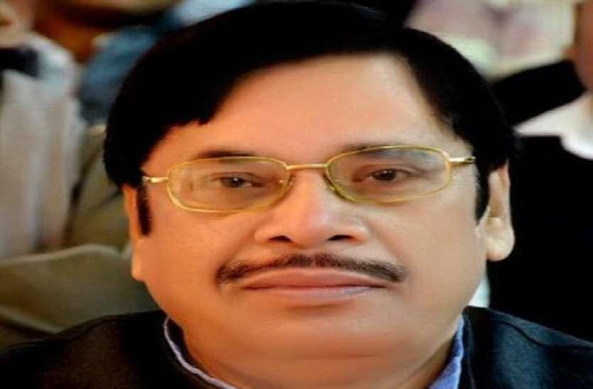 कांग्रेस का आरोप, चुनाव आचार संहिता का उल्लंघन कर रहे हैं मुख्यमंत्री और मंत्री