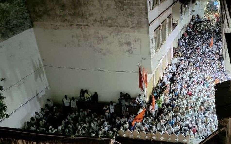 भींडर बोले एक भाजपा नेता का फोन आया दीपेन्द्र को टिकट दें, कार्यकर्ताओं से पूछा आप साथ रहेंगे क्या?