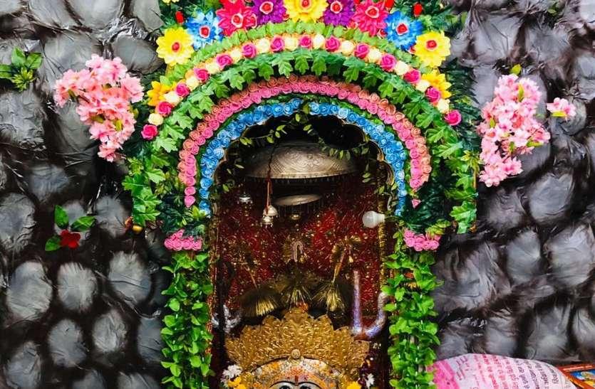 सभी देवी मंदिरों में नवरात्रा को लेकर की जा रही तैयारियां