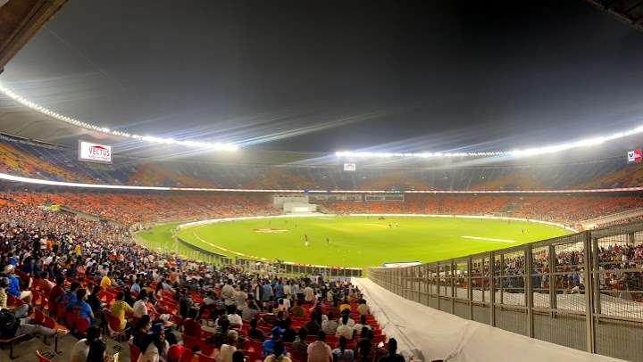 narendra_modi_stadium.jpg